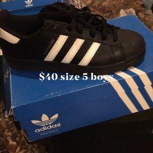 Black white stripe adidas